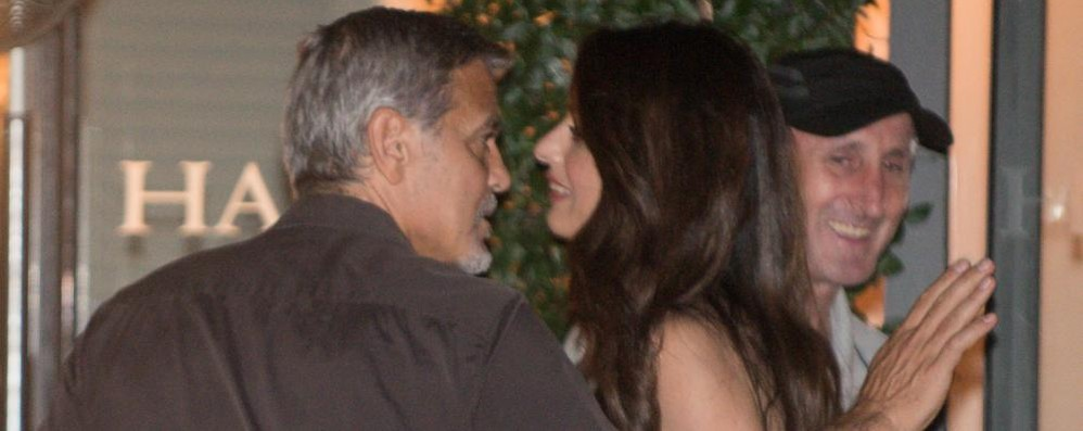 Incidente per Clooney in Sardegna Contro un'auto con lo scooter