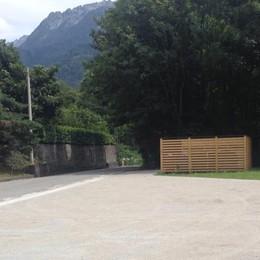 Palazzo Vertemate regala la sosta  Realizzato a Piuro il parcheggio