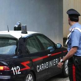 Tentano un furto a Tirano, l'arrivo dei carabinieri li fa fuggire