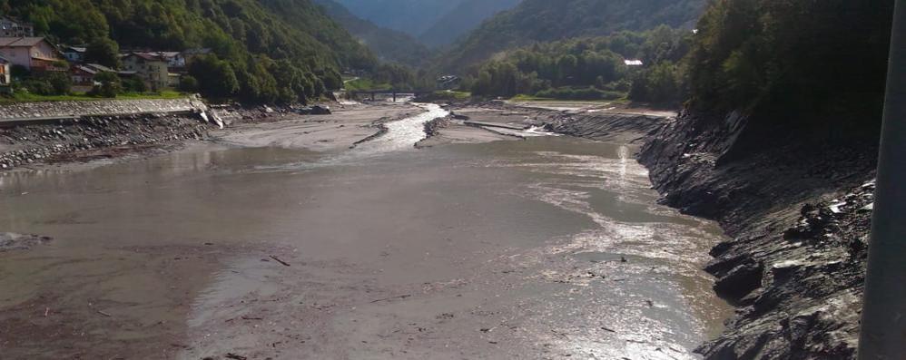Bondo: il fiume Mera torna a far paura   Villa di Chiavenna riapre le paratoie