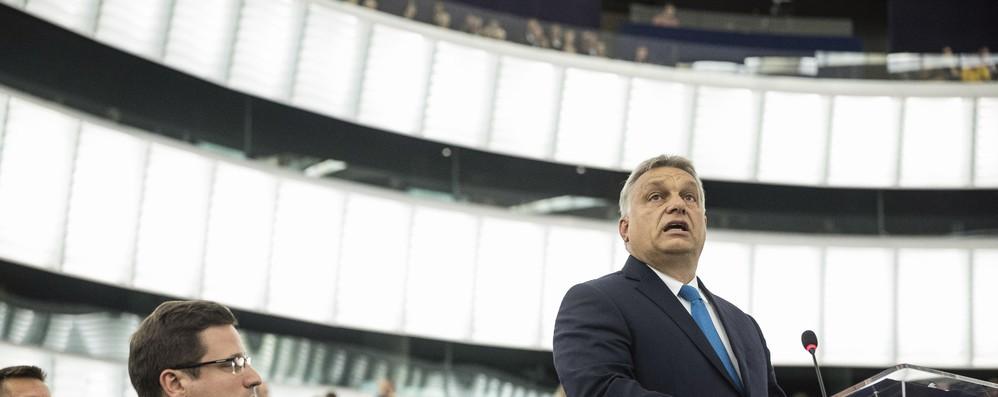 Ungheria: presidenza Ue chiede opinione su voto Pe