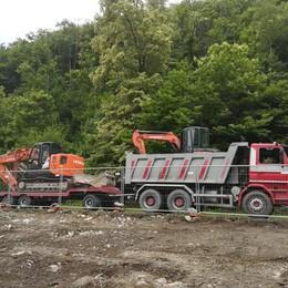 Ladri in cantiere, il bottino è ingente  Rubati camion, rimorchio e trattore