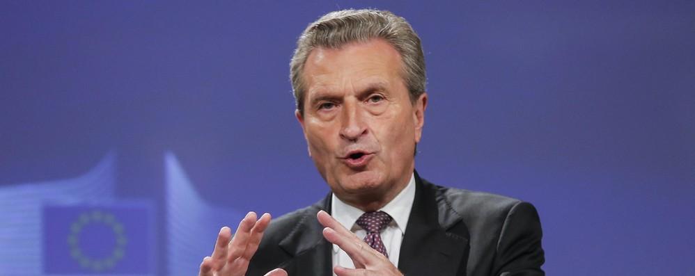 Oettinger contro Di Maio, critiche a Ue inaccettabili