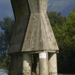 «Ponte malato a Traona, basta con i rattoppi»