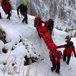 Alpinista cade in dirupo in Valtellina, salvato nella notte