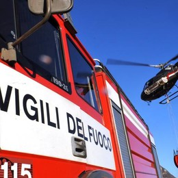 Botti: incendio in un bosco a Gordona a causa di petardi