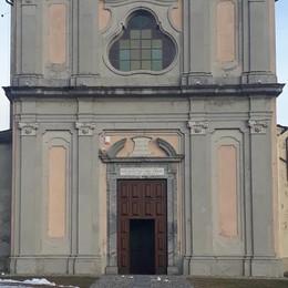 Civo, il don non torna sui suoi passi  Nessuno si fa avanti per aprire la chiesa