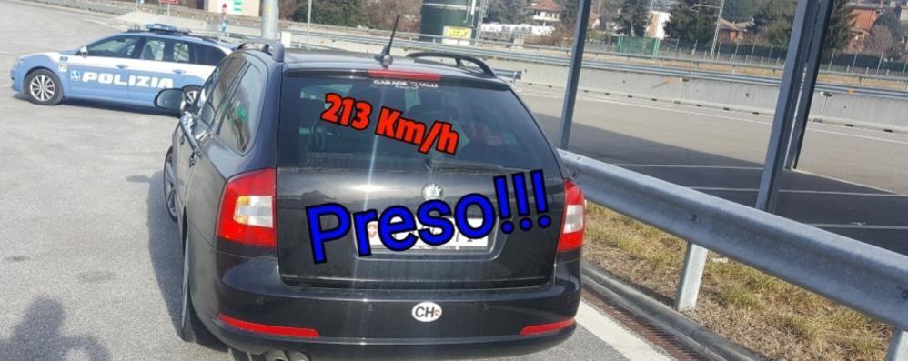A duecento all'ora in autostrada  Multa di 800 euro a tre svizzeri