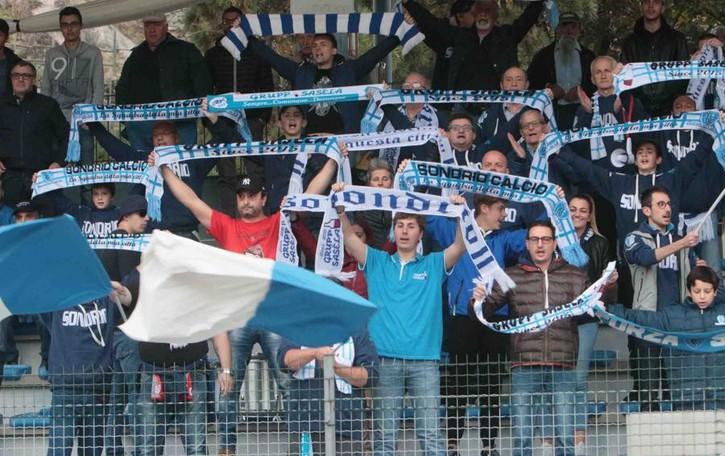 Calcio serie D, la rabbia dei tifosi dopo le polemiche per Sondrio-Pontisola