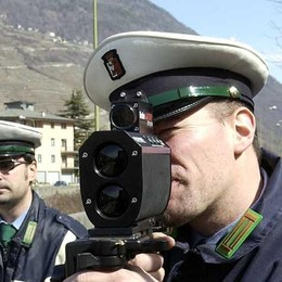 Polizia associata nel Tiranese, 539 veicoli fermati