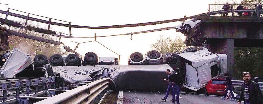 Crollo del ponte di Annone  Chiesti cinque rinvii a giudizio
