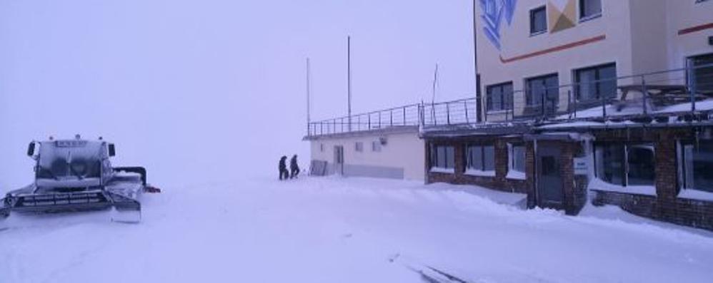 Maltempo: pioggia e nevicate, anticipo d'inverno in Valtellina