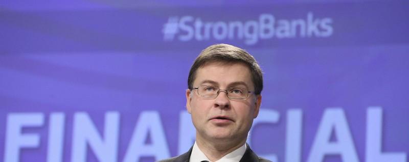Dombrovskis, preoccupano debiti alti di Italia e altri ...
