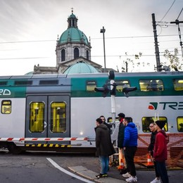 Treni pendolari, che disastro  Neanche uno arriva in orario