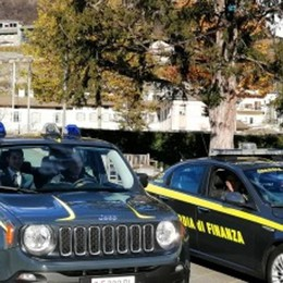 La finanza sequestra opificio abusivo in Valtellina, una denuncia