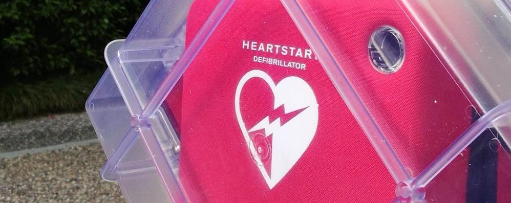 Tre defibrillatori a Sondrio: li ha donati la società Tecna