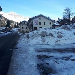 Neve a Pianazzo, sale la protesta: «Troppi rischi»