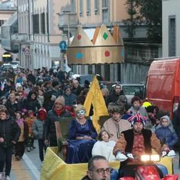 Sondio, il programma del Carnevale  Sfilata dei carri il 24 febbraio