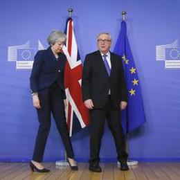 Brexit: May da Juncker, avanti con colloqui su partnership