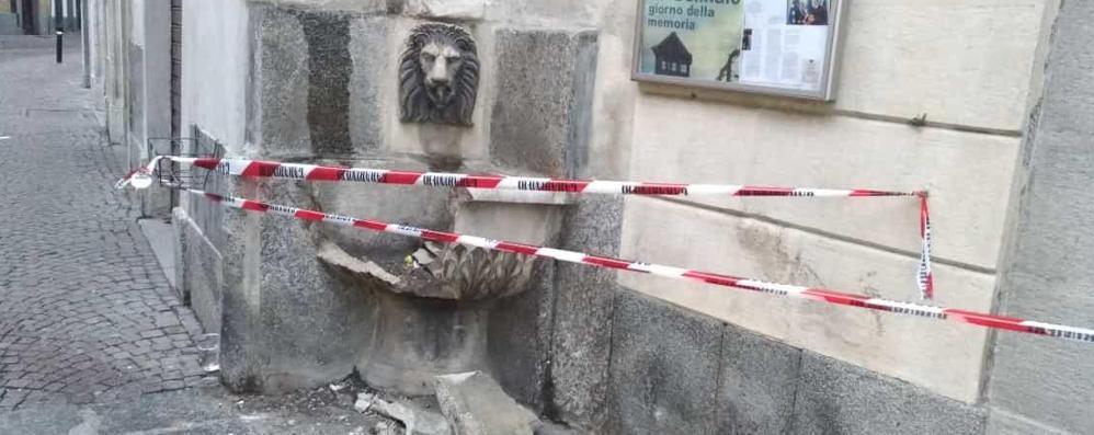Morbegno, presi gli autori dei vandalismi in centro. Il sindaco: «Chiederemo i danni»