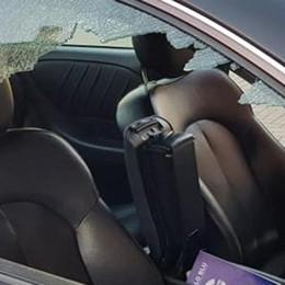 Colico, auto danneggiate di notte  Vandali o ladri? Si indaga