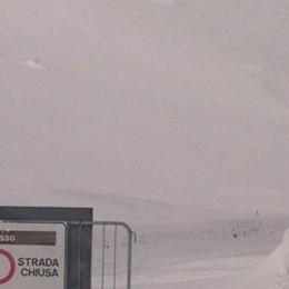 Troppa neve, difficoltà sui passi