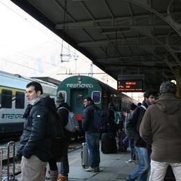 Vandalismo al treno, salta la corsa  «Grande disagio senza bus sostitutivi»