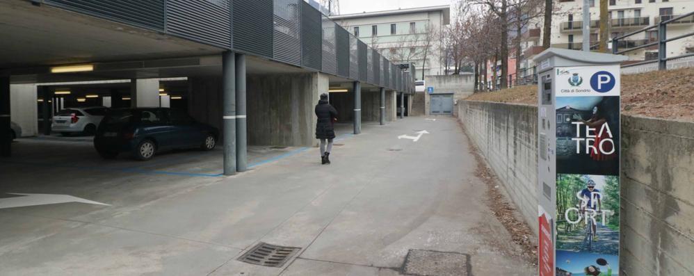 Posteggio del Policampus a Sondrio: «Così gli studenti sono discriminati»