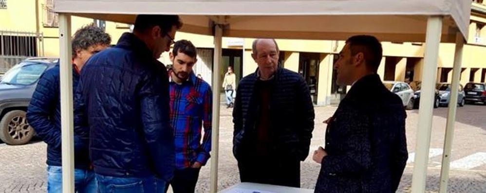 Morbegno, il sindaco in via Nani per spiegare il senso unico
