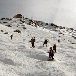 Senza pala e sonda, multato sciatore a Madesimo