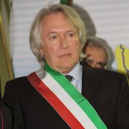 Arrestato il sindaco di Valsolda  Tangenti nel settore edilizia  In carcere il socio, in 7 ai domiciliari