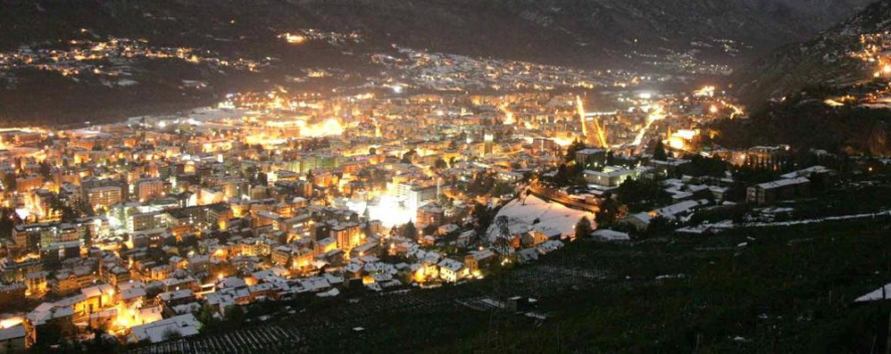 Fuga verso l'estero, sono oltre 23mila i migranti della Valtellina