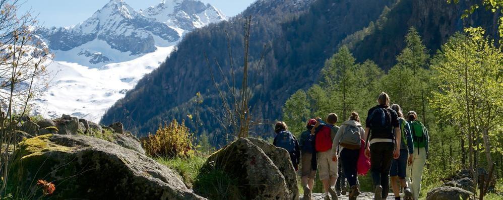Guide alpine e Movimento in azione  Mobilitazione popolare per il sentiero