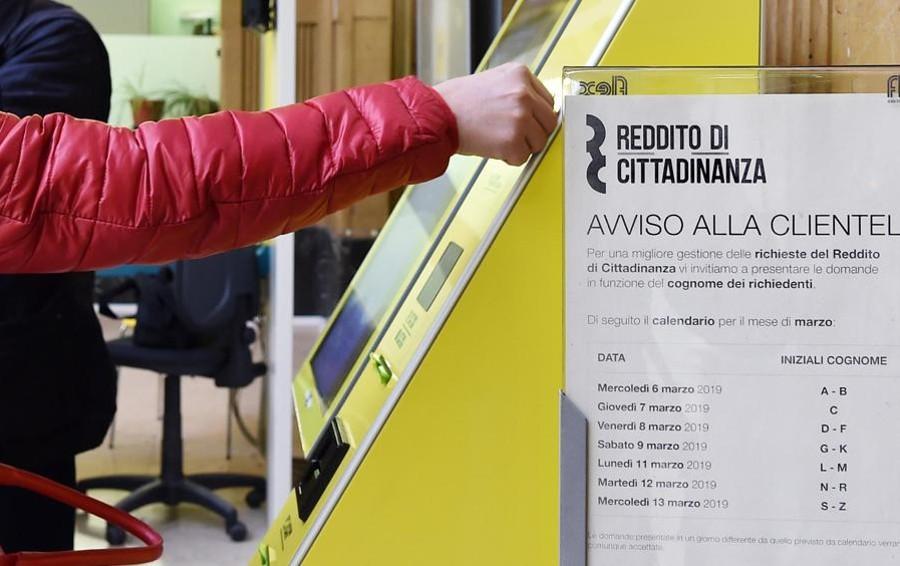 """""""Reddito"""", accolte 451 domande in provincia di Sondrio"""