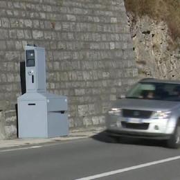 Autovelox svizzeri accesi   Frontalieri attenti