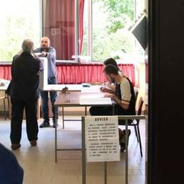Elezioni europee e amministrative  Seggi tutti aperti oggi dalle 7 alle 23