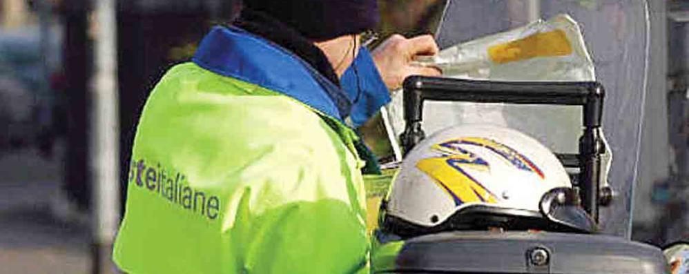 Bollette in ritardo e pacchi in giacenza  Poste, esplode protesta in Valchiavenna