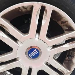 Altri pericoli sulla Super 36 e vettura danneggiata: «Ci è andata bene»