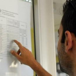 Lezioni finite, in corso gli scrutini  E da oggi i primi esami alle medie