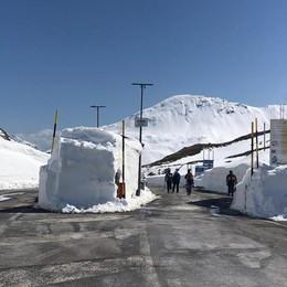 Passo Spluga chiuso, turismo flop