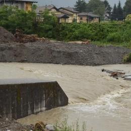 Il meteo dà tregua, subito al lavoro sul torrente  Lesina