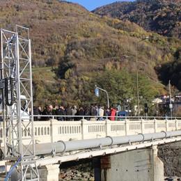 Ponte di Stazzona off limits dal 15 luglio