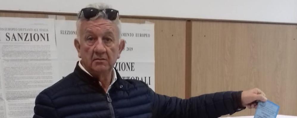 Tirano, Del Simone lascia il consiglio comunale: «Cedo il posto a un giovane»