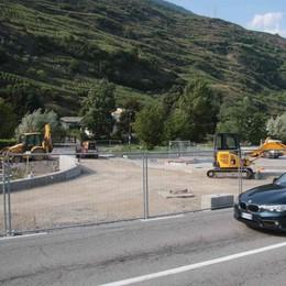 Viale Stadio a Sondrio, si lavora al nuovo accesso: piazzale Fojanini cambierà volto