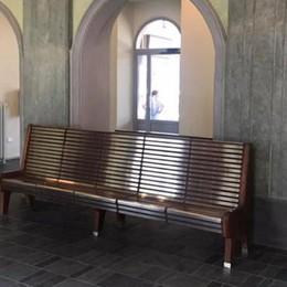 Sala d'attesa tutta nuova in stazione  E per visitare Tirano c'è il bus arancio