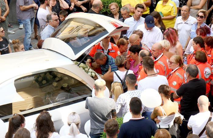 Porlezza funerale Massimo Fusina
