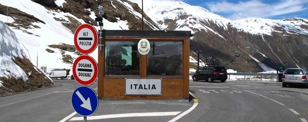 Livigno a Poschiavo: «Passo Forcola aperto, in cambio posti letto»