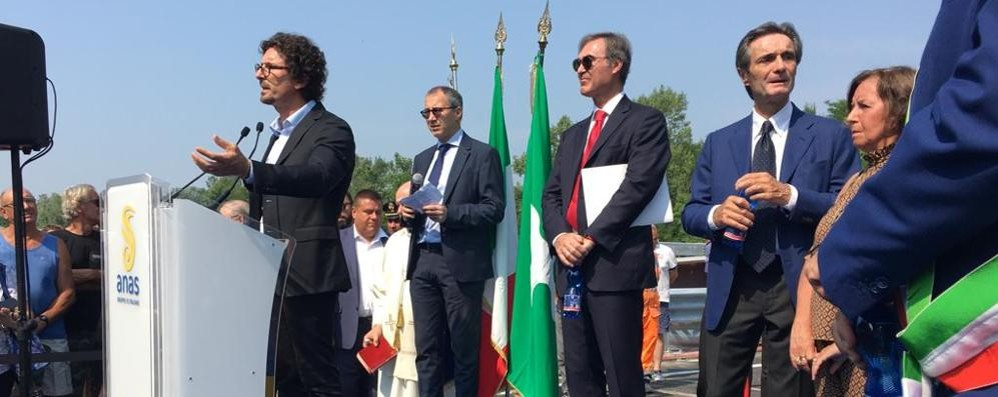 Inaugurato il nuovo ponte di Annone  Alle 11.30 è passata la prima auto