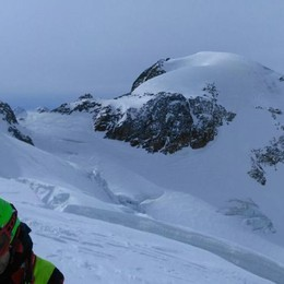 Tragedia sul ghiacciaio dei Forni  Gli istruttori provavano la caduta