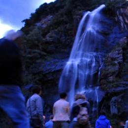 Acquafraggia: cascate sotto i riflettori per la Notte Rosa